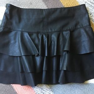Forever 21 Skirts - Black mini skirt with ruffles/ medium- side zipper